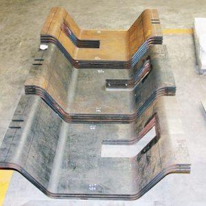 香港鋼材加工,地盤鋼材加工,臨時鐵器加工,油漆鐵器加工,鋼板折彎,鋼板鑽孔加工,香港鋼材零售商