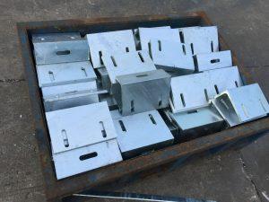 地盤熱浸鋅角鋼碼-幕墻角鋼碼件-鋁窗角鋼碼-固定鋼碼-裝飾鐵器-連接角碼供應