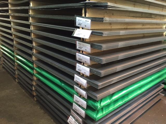 香港鋼板銷售,熱軋鋼板,花紋鋼板,熱浸鋅鋼板,S275J0鋼板,S355J0鋼板,鋼板切割,鋼板剪板加工,鋼板打孔