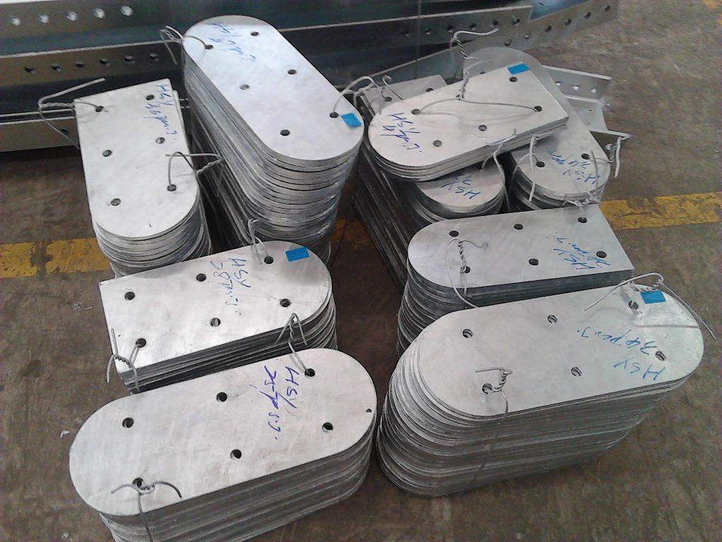 香港五金冷貨工程,裝飾鐵器工程,樓宇鐵器工程,地盤鐵器工程,地盤金屬工程,雜項鐵器工程,熱鍍鋅鋼板,鉛水底掌