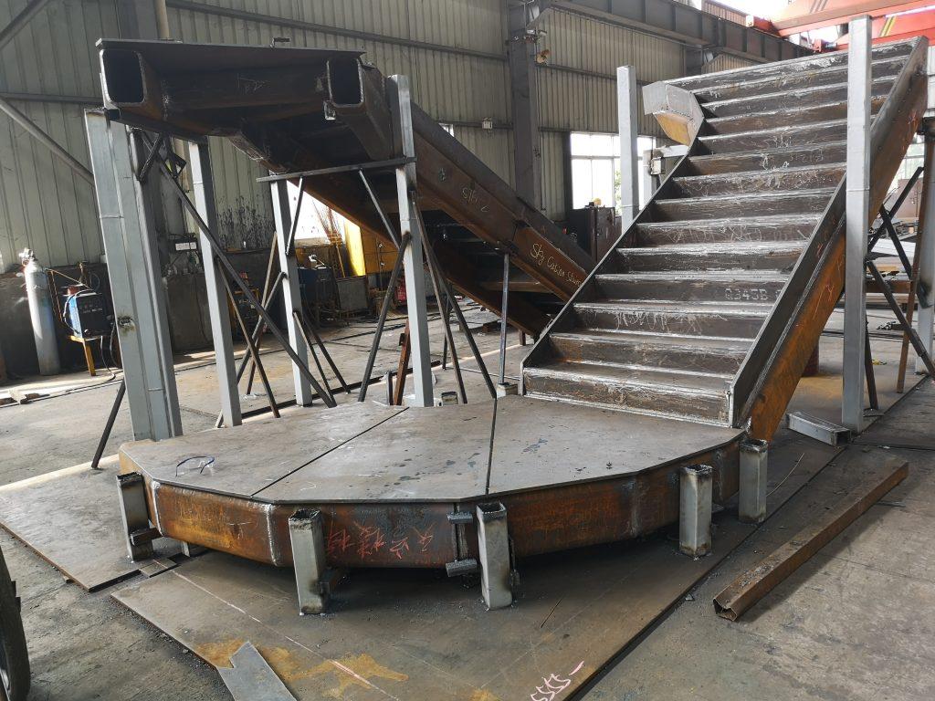 香港鋼結構旋轉樓梯,360°旋轉樓梯,酒店鋼結構旋轉樓梯,鐵器旋轉樓梯,鋼樓梯,鋼架樓梯,室外鋼結構樓梯