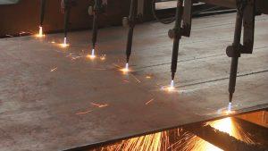 地盤鋼板切割,CNC鋼板切割加工,鋼板折彎,鋼板切割,地盤樁頭板,臨時圍街鋼板,金屬掌板,地盤底掌鋼板,熱浸鋅鋼板