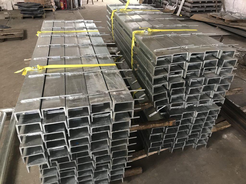 青衣驗車中心供應驗車設備鐵器工程,預埋件,鐵樓梯,不鏽鋼攔河,重型軌道,熱浸鋅預埋鋼板,雜項鐵器金屬工程