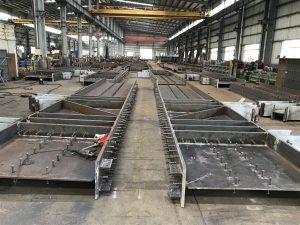 香港鋼結構加工廠,香港鐵器加工廠,香港鋼材加工廠,香港金屬結構加工,香港五金加工廠,鋼板切割,燒焊,鉆孔,熱鍍鋅服務