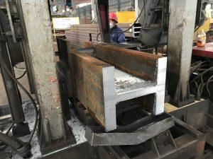 香港型材切割,鋸床切割,H型鋼切割,矩形管切割,H型鋼打孔,五金加工,金屬加工,鋼鐵加工,地盤鐵器加工