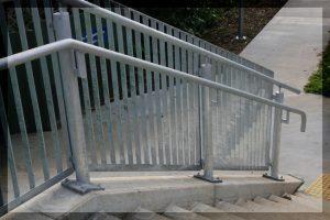 香港欄杆攔河工程,熱鍍鋅欄杆,天台欄杆攔河工程,馬路欄杆攔河,公園欄杆鐵器,馬路公共設施欄杆攔河,鐵器欄杆,鐵馬欄杆