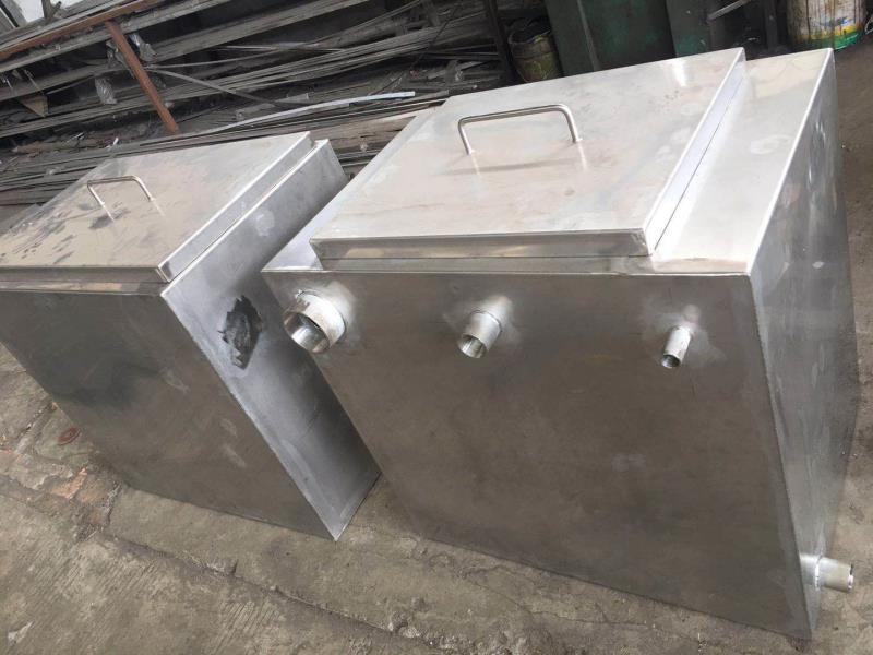 尖沙咀不鏽鋼水缸,不鏽鋼隔油缸,不鏽鋼隔油井,不鏽鋼水箱,不鏽鋼消防水箱,不鏽鋼污水缸,雙止口水缸,不鏽鋼雙止口蓋
