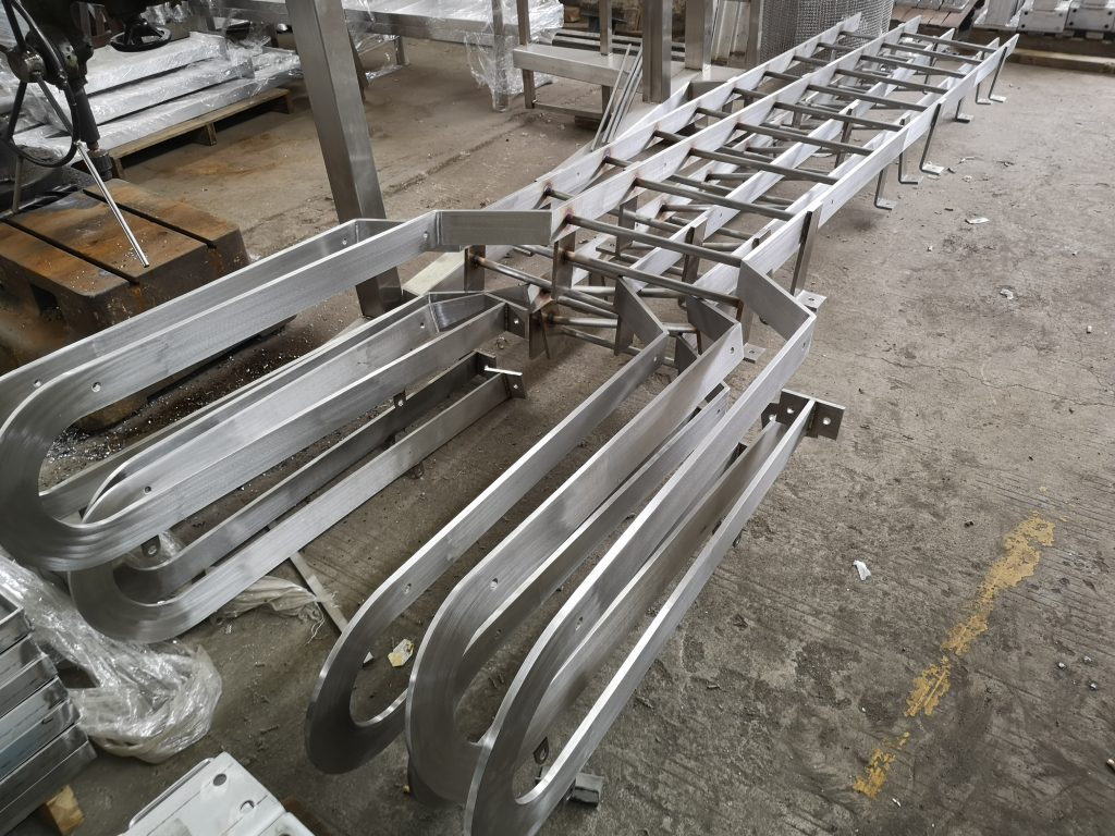 水務署標準不鏽鋼貓梯,WSD Stainless steel cat ladder,泵房不鏽鋼貓梯,井道不鏽鋼爬梯,地下井道不鏽鋼貓梯及不鏽鋼平台